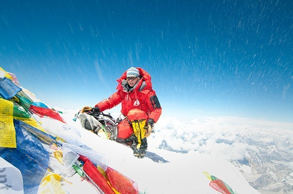 First American Woman Completes Full Everest Summit Without Oxygen