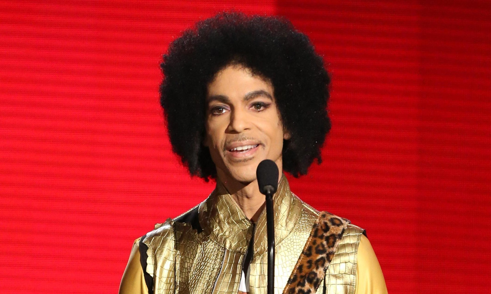 Tests confirm Prince died of opioid overdose, police official says