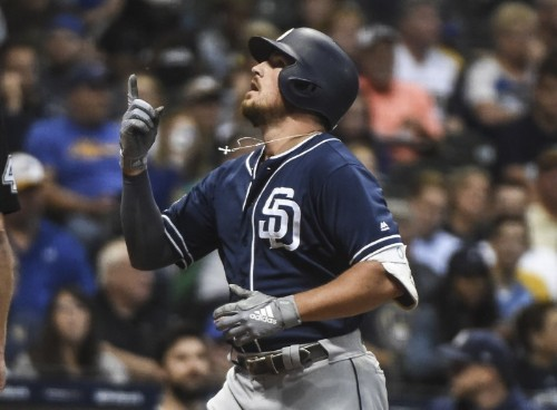 Reports: Padres send Renfroe to Rays for Pham