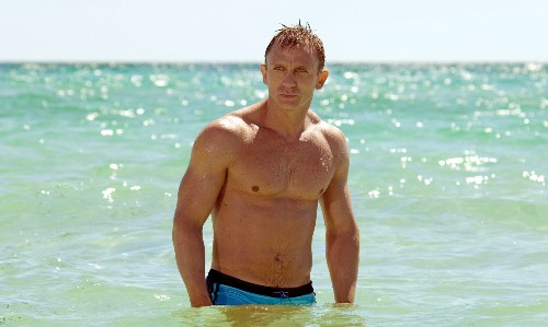 Daniel Craig: I will keep playing Bond as long as I can