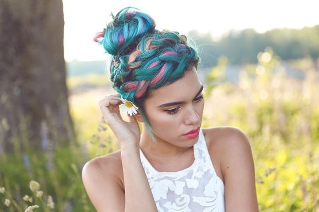 19 Colorful Hairstyles to Rock in the New Year