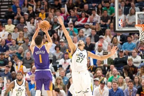 Gobert helps Jazz slam past Suns
