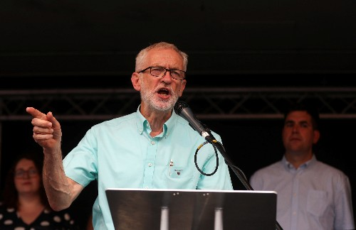 UK Labour Party to discuss Brexit tactics with rival parties