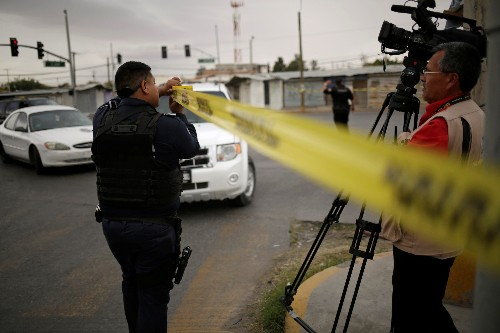 Mexico makes arrests in massacre of American women, children: minister