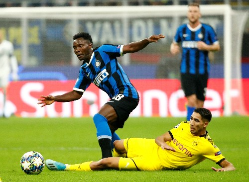 Martinez scores, misses penalty as lacklustre Inter scrape win