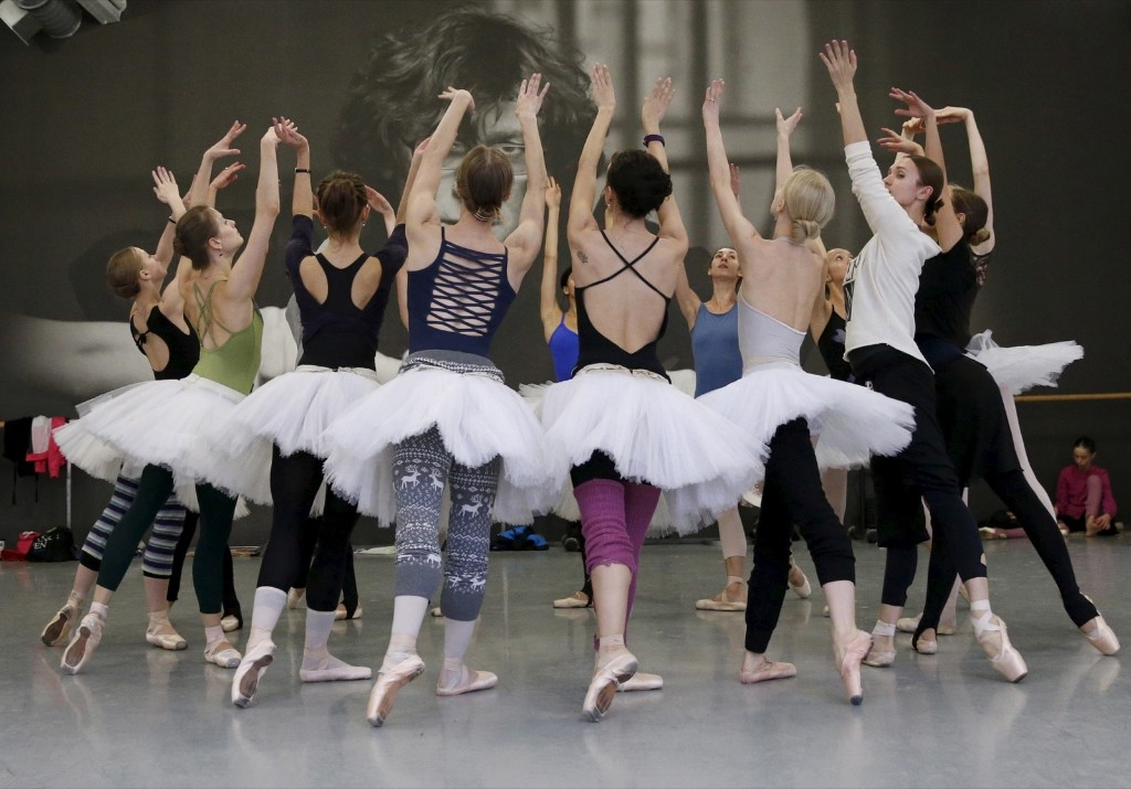THE SELECTS: Backstage at the Nutcracker