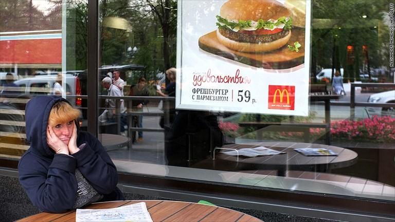 10 Western companies getting slammed in Russia