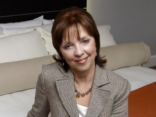 Nora Roberts sues Brazilian author, cites 'multi-plagiarism'