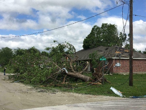 2 children dead, several people hurt in strong Texas storms