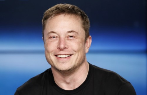 U.S. regulator approves SpaceX plan for broadband satellite services