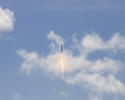 Unmanned SpaceX Rocket Explodes After Liftoff: Photos