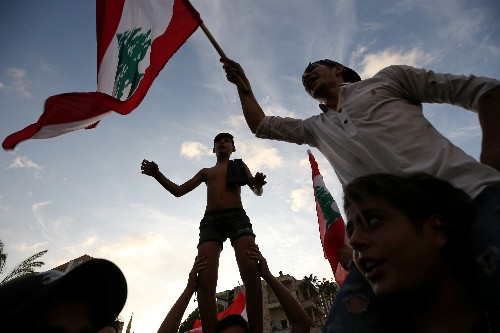 Lebanon, pushed to the brink, faces reckoning over graft