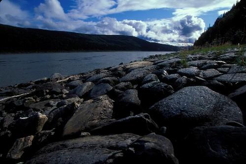 Record-early Alaska river thaw follows high winter temperatures