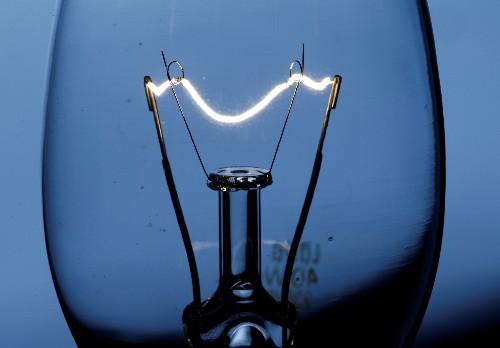 Borsa elettrica, prezzo medio acquisto energia crolla 10,1% su settimana