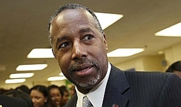 Ben Carson, riding a fresh surge in the polls, braces for his close-up
