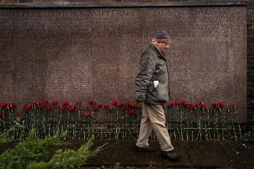 German communist leaders honored 100 years after slayings