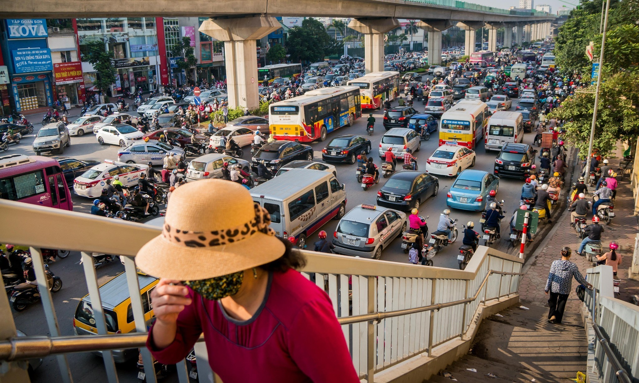 Hope for Hanoi? New bus system could cut pollution … if enough people use it