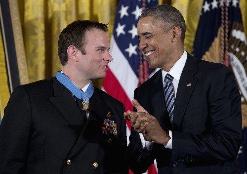 Navy SEAL Receives Medal of Honor: Pictures