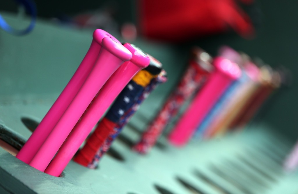 Major League Baseball Goes Pink on Mother's Day: Pictures