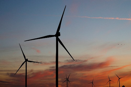 Renewables industry urges France to raise wind project targets
