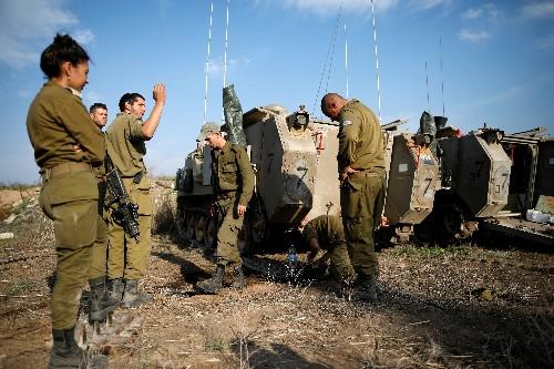 الهدوء يسود حدود غزة مع توقف حذر لإطلاق النار