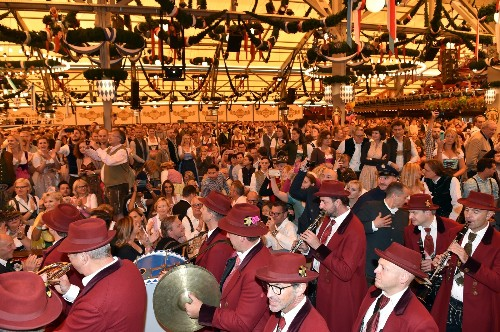 The Beerfest That Is Oktoberfest: Pictures