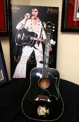 Music Icon Auction in New York: Pictures