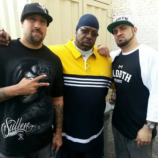 """Flowers at the """"Temple of Kush"""" Studios in Los Angeles, CA. with Cypress Hills B-Real and dj Salam Wreck GETTIN IT IN!!!"""