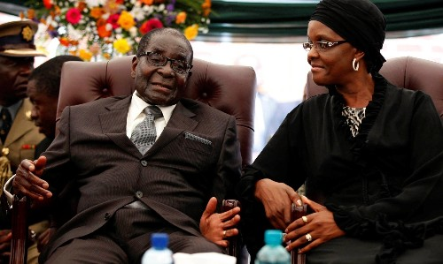 Zimbabwe: Robert Mugabe to get $10m payoff and immunity for his family