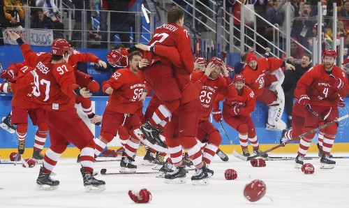 Fireworks, Hockey Gold and Skating Gala Close the Winter Olympics: Pictures