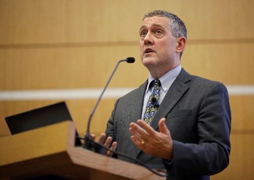 Fed-Notenbanker Bullard erwartet Debatte über kräftigen Zinsschritt