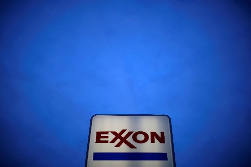 Exxon Mobil bars use of oil tankers linked to Venezuela - sources