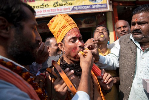Indian court rules in favor of Hindus in explosive row with Muslims