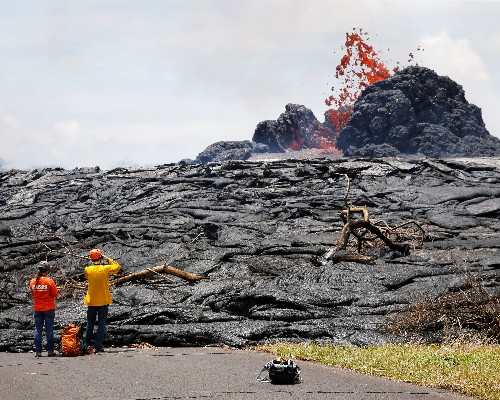 Hawaii street swallowed by 'lava tide' as many more homes burn