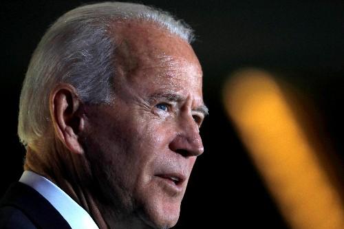 Factbox: Democratic U.S. presidential hopefuls seek contrast with Trump on immigration