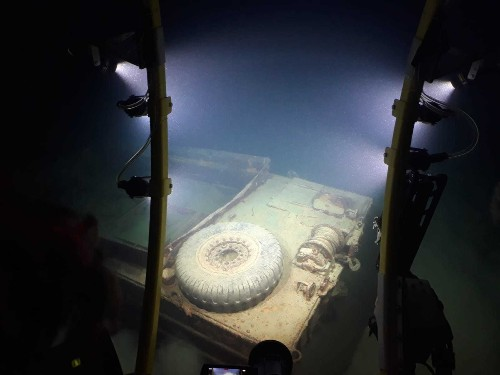 Submarine search ends for WWII remains in Italy's Lake Garda