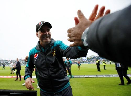 Cricket: Azam century leads Pakistan to victory over New Zealand