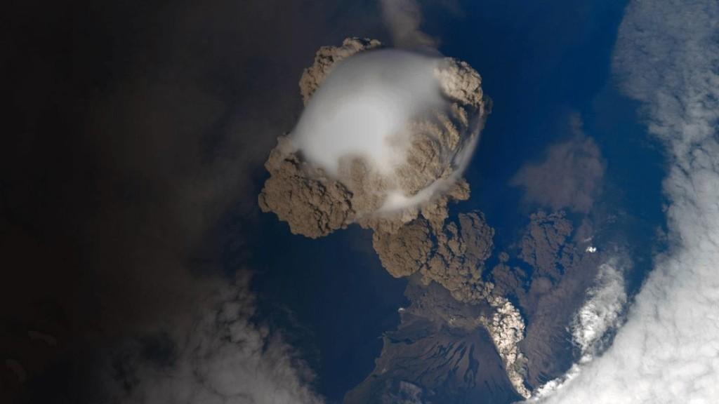 Top 5 Ways a Volcano Could Wipe Us Out