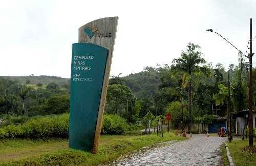 Vale's Gongo Soco mine dam has up to 15% chance of bursting: Brazil official