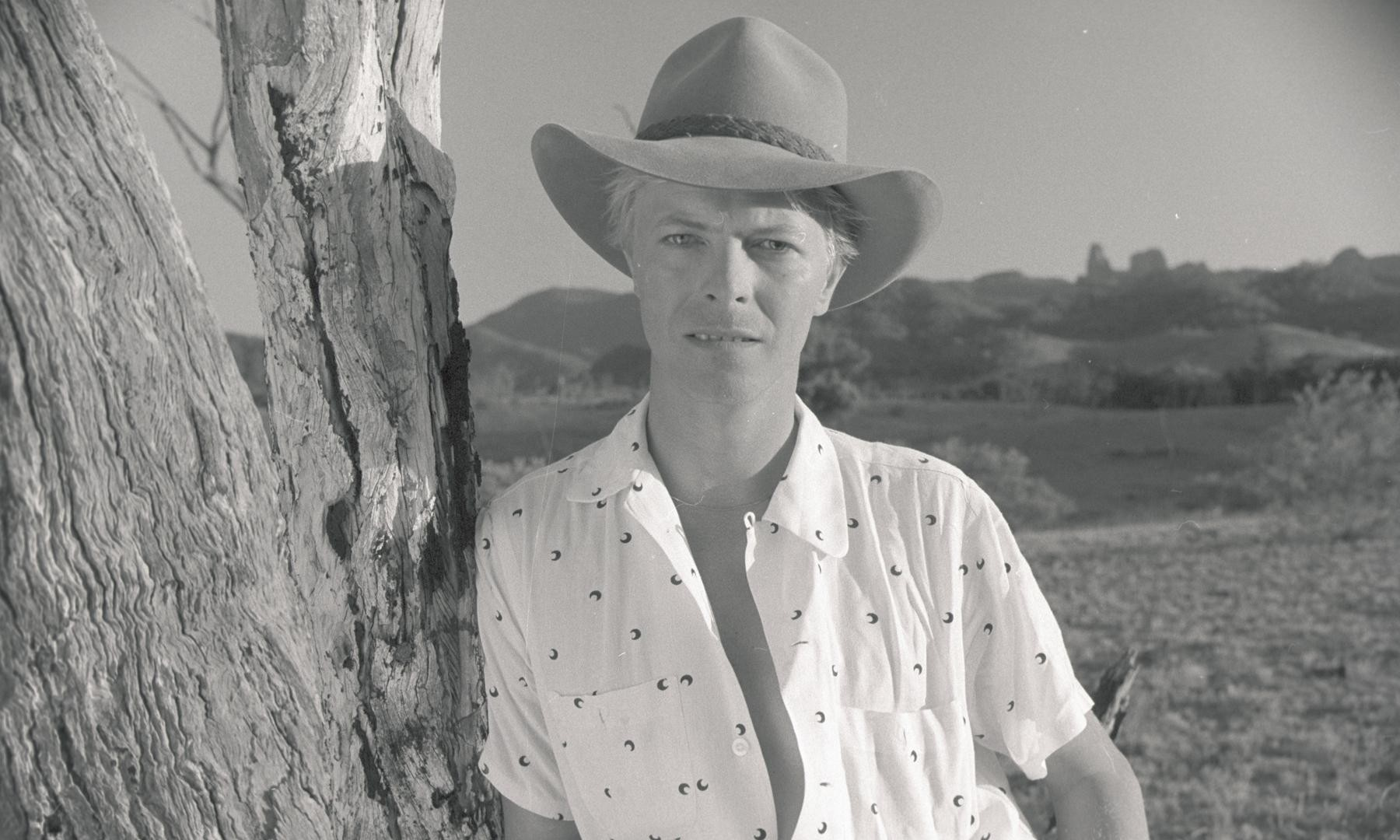 David Bowie in Australia: an alien from another planet, singing for this one