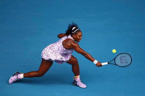 Serena needs fresh approach to surpass Court, says coach