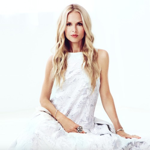 On the Red Couch with Designer, Stylist and Editor Rachel Zoe