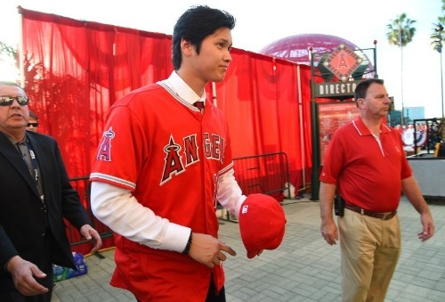 Baseball: Ohtani introduced by Angels amid high expectations
