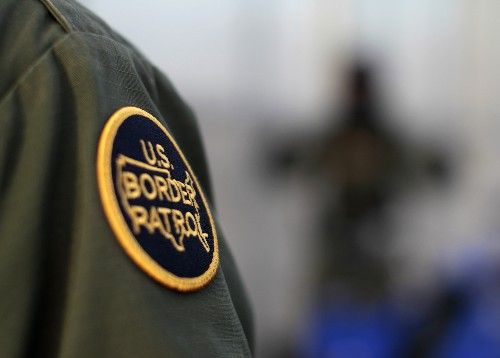 U.S. border patrol officer kills suspected undocumented immigrant