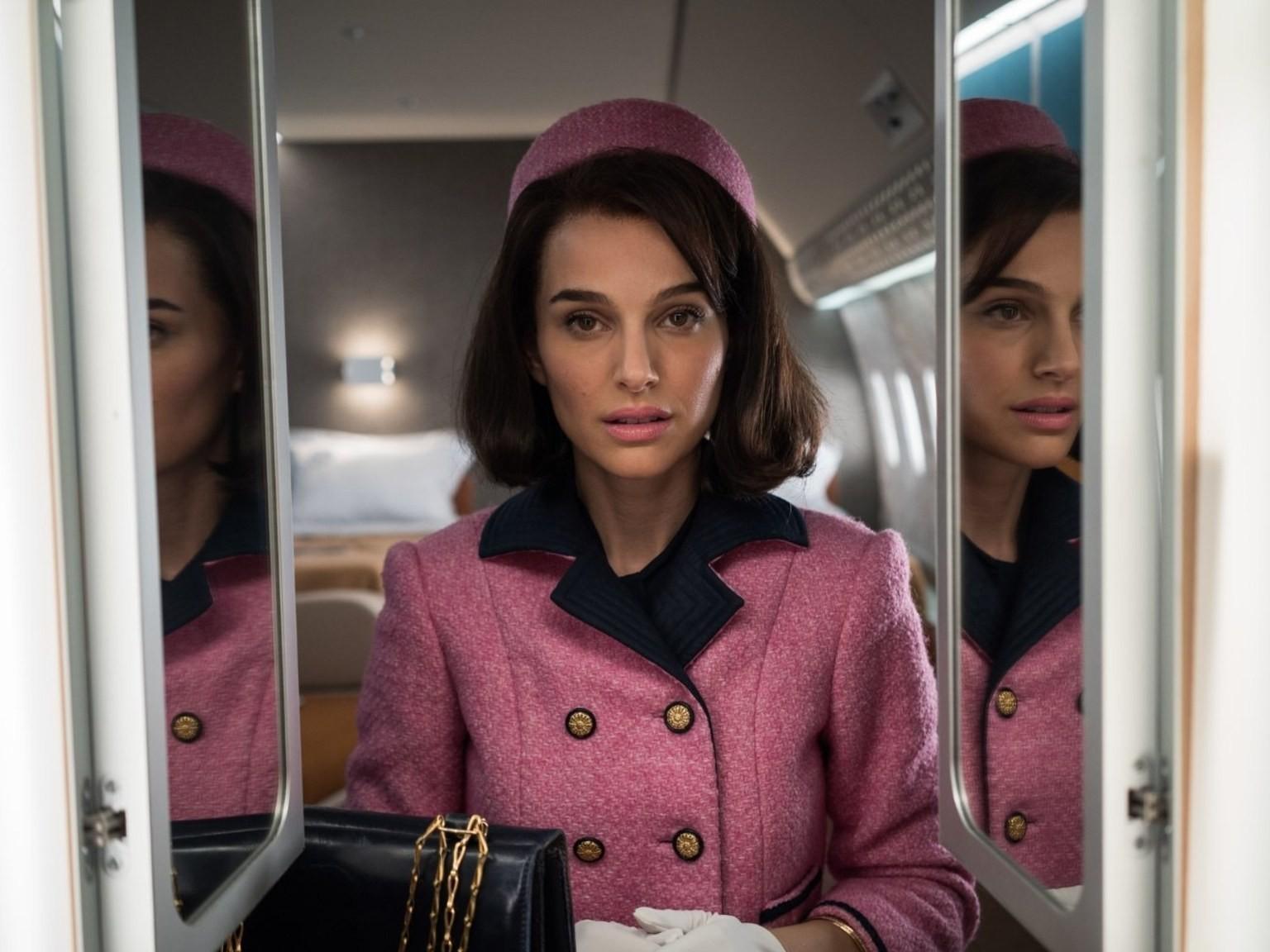 "The Dark, Twisted Natalie Portman in ""Jackie"" is the Natalie Portman We've Been Missing"