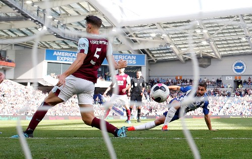 Hendrick late leveller gives Burnley point at Brighton