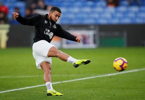 Soccer: Burnley winger Lennon undergoes knee surgery