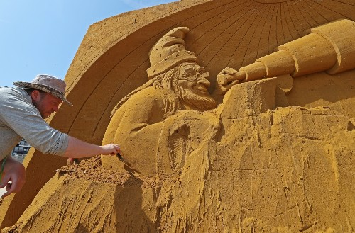 Sand Sculptures in Belgium: Pictures