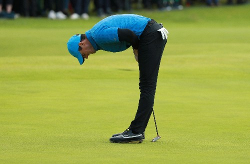 'I want to punch myself' says dejected McIlroy