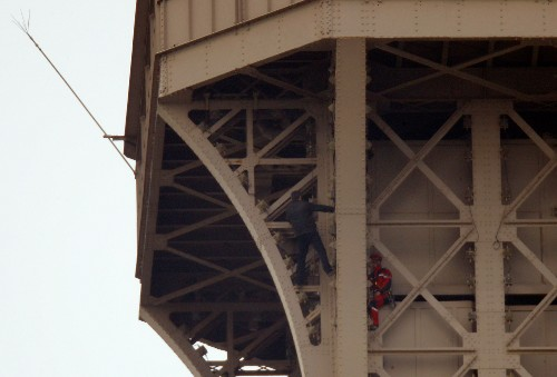 Eiffel Tower climber in custody after daring ascent